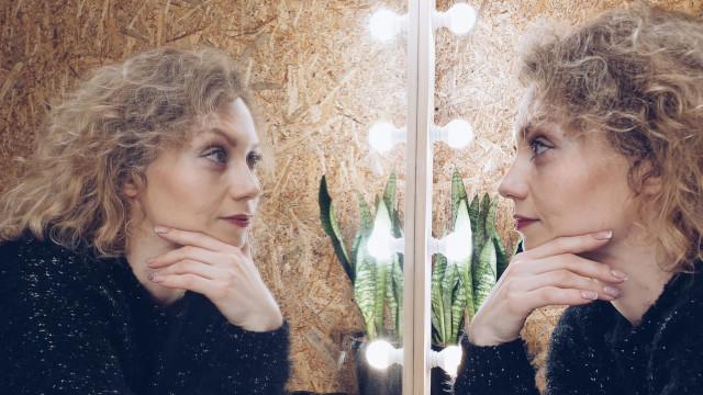 Опыт с отражением в зеркале