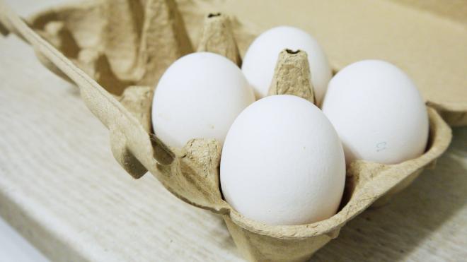 Яйца в коробке.
